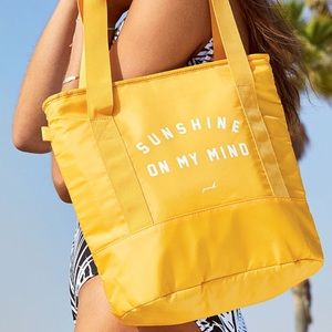 🌴NWT VS PINK Sunshine On My Mind Cooler Tote